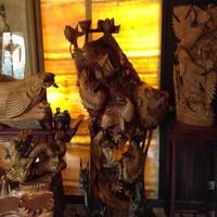 Скульптура Карпы в цвета Лотоса