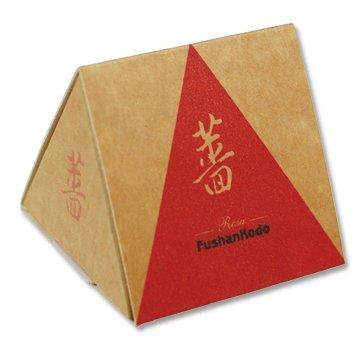 Сян Шиповника Иглистого, конусы в коробке