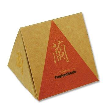 Сян Орхидея, конусы в коробке
