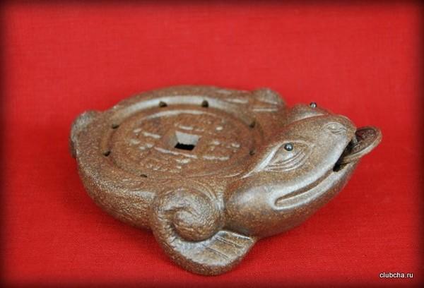 Чайный пруд глина Денежная жаба
