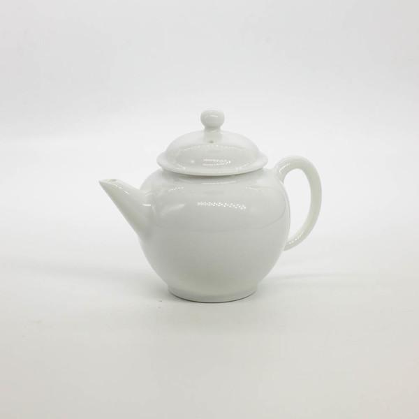 """Чайник фарфор из Цзиндэчжэнь """"Истинно белый"""""""