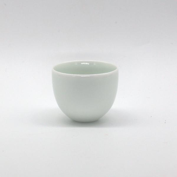Чашка фарфор тюльпан наперсток без каймы 20 мл