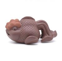 Фигурка глина золотая рыбка