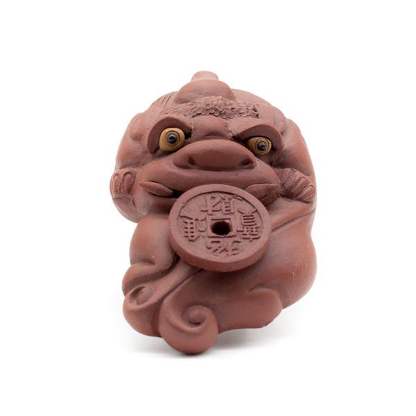 Фигурка глина Пи Яо с монетой