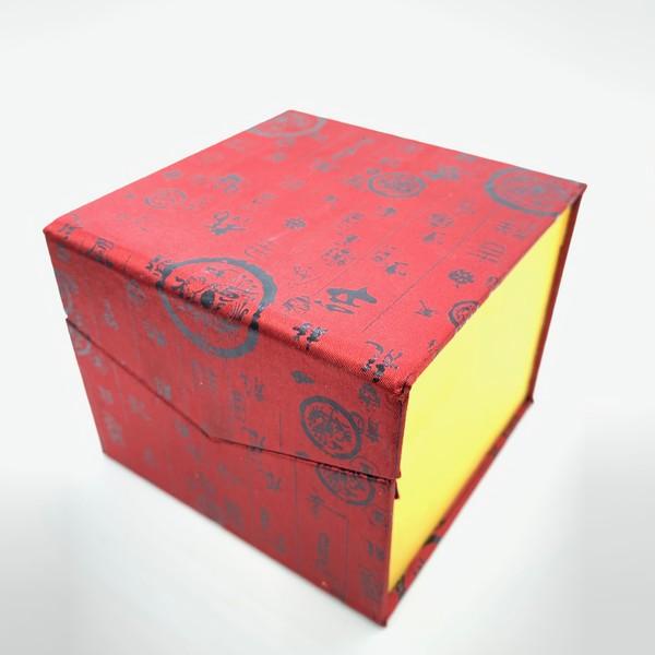 Коробка для посуды. Ткань №13