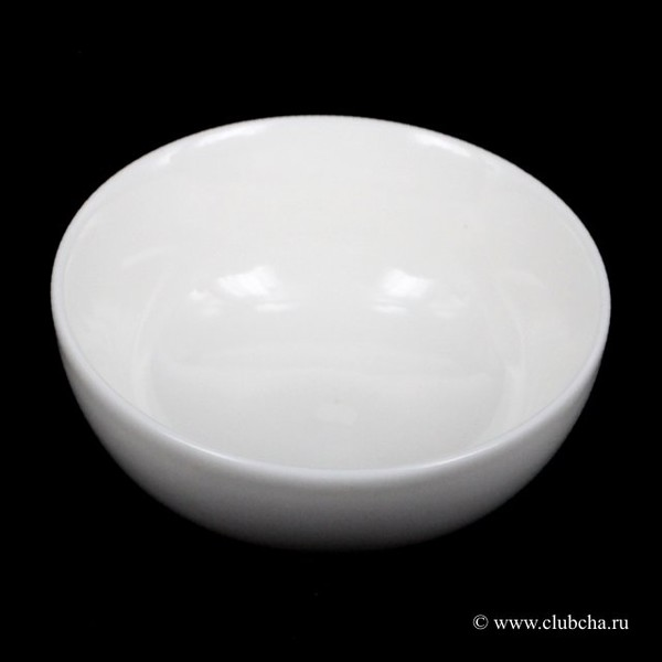 Чашка белая в ассортименте