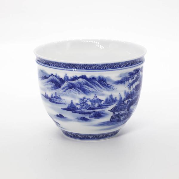"Чашка фарфор Цзин Дэ Чжэнь ""Горы и воды"" 160 мл"