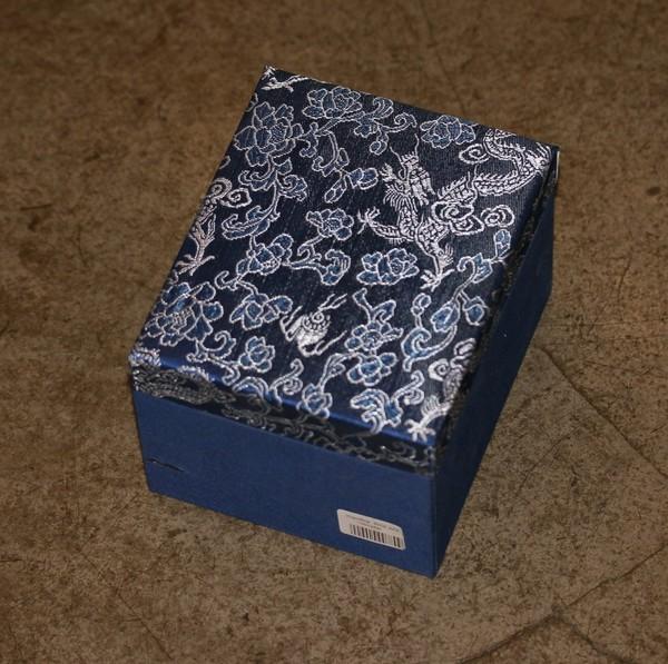 Коробка для посуды. Ткань №7