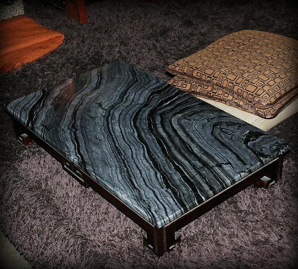 Столик венге мраморная столешница